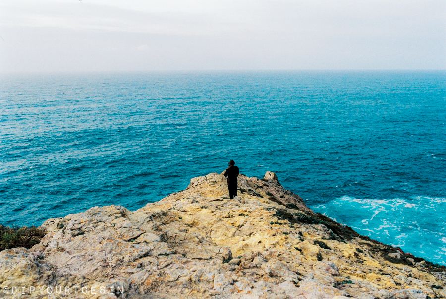 Standing at the end of the world at Cabo São de Vincente, Algarve